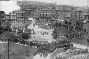 Dedication of the National War Memorial, St. John's, Newfoundland. (Provincial Archives of Newfoundland and Labrador via Wikipedia).