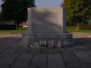 Passchendaele Memorial at the location of Crest Farm, Zonnebeke, Belgium. (P. Ferguson image, September 2013)