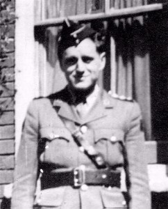 William Kenneth MacDonald MC. (Canadian Virtual War Memorial of Canada).
